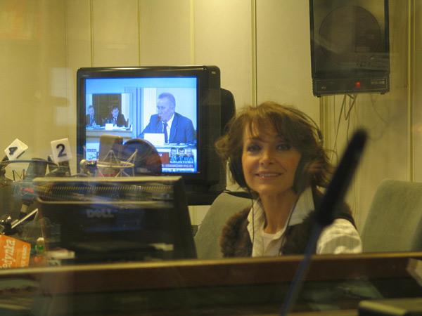 http://irenajarocka.pl/webdocs/image/2016/KG/Irena-Polskie-Radio-19.11.2008.jpg