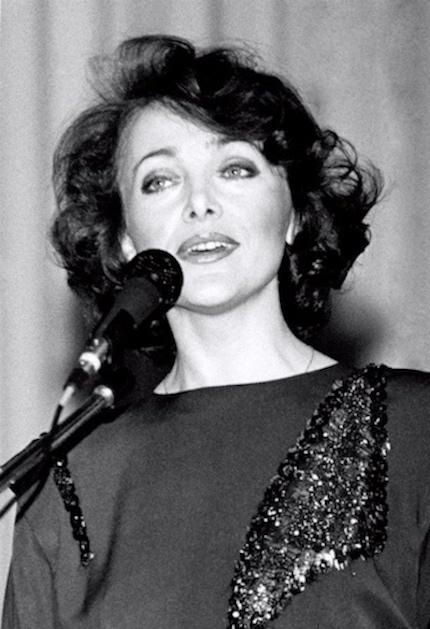 http://irenajarocka.pl/webdocs/image/2016/KG/Irena-zdjecie-koncertowe-blok-francuski-1980.jpg