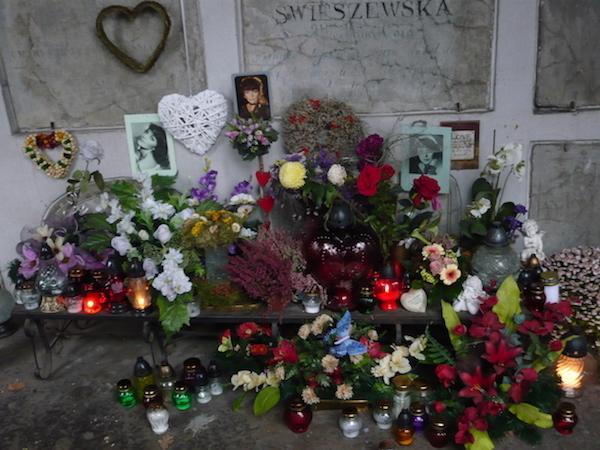 http://irenajarocka.pl/webdocs/image/2016/KG/Powazki-29.11.2017-5.jpg
