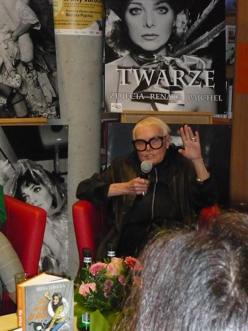 http://irenajarocka.pl/webdocs/image/2016/KG/Promocja-autobiografii-Nie-wroca-te-lata-Warszawa-29.11.2017-3.jpg
