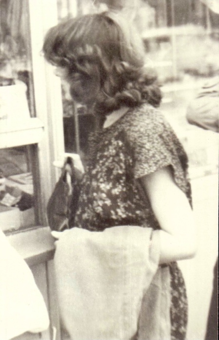 http://irenajarocka.pl/webdocs/image/2018/KG/Irena-Trojmiasto-1978-3.jpg