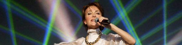 http://irenajarocka.pl/webdocs/image/2018/KG/Irena-zdjecie-koncertowe-plener.jpg