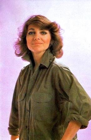 http://irenajarocka.pl/webdocs/image/2018/KG/Irena-zdjecie-pocztowka-khaki-bluza-1978.jpg