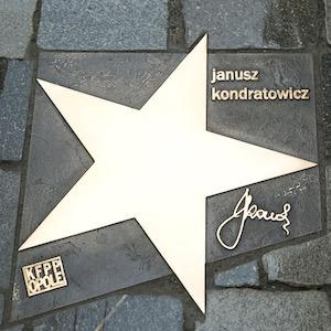 http://irenajarocka.pl/webdocs/image/2019/KG/Gwiazda.Janusza-Kondratowicza-w-Opolu.jpeg