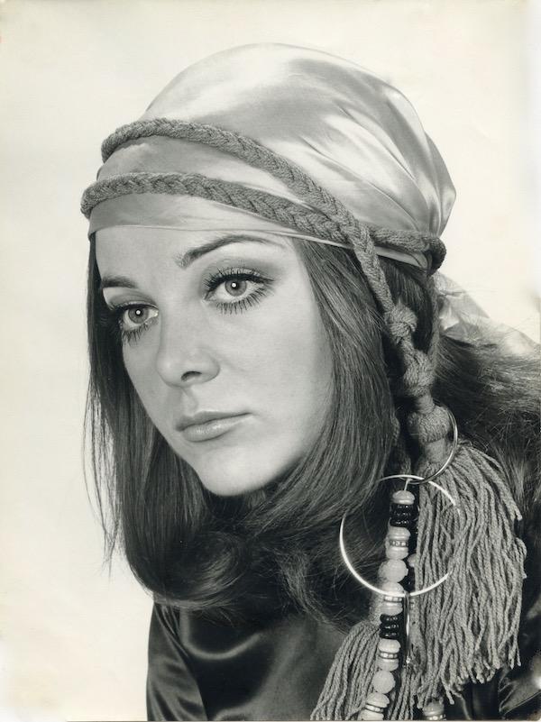 http://irenajarocka.pl/webdocs/image/2019/KG/Irena-Paryz-1968-7.jpeg