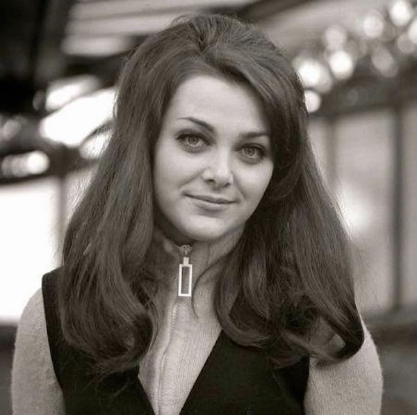 http://irenajarocka.pl/webdocs/image/2019/KG/Irena-Paryz-1968-portret.jpeg