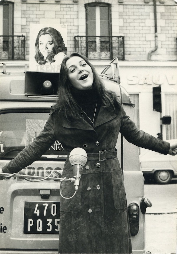 http://irenajarocka.pl/webdocs/image/2019/KG/Irena-promocja-plyty-Paryz-1970-1.jpeg