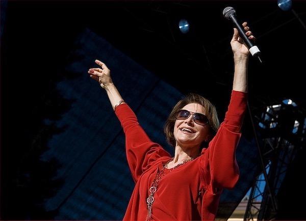 http://irenajarocka.pl/webdocs/image/2019/KG/Irena-zdjecie-koncertowe-KG-11-05-2018-12.jpeg