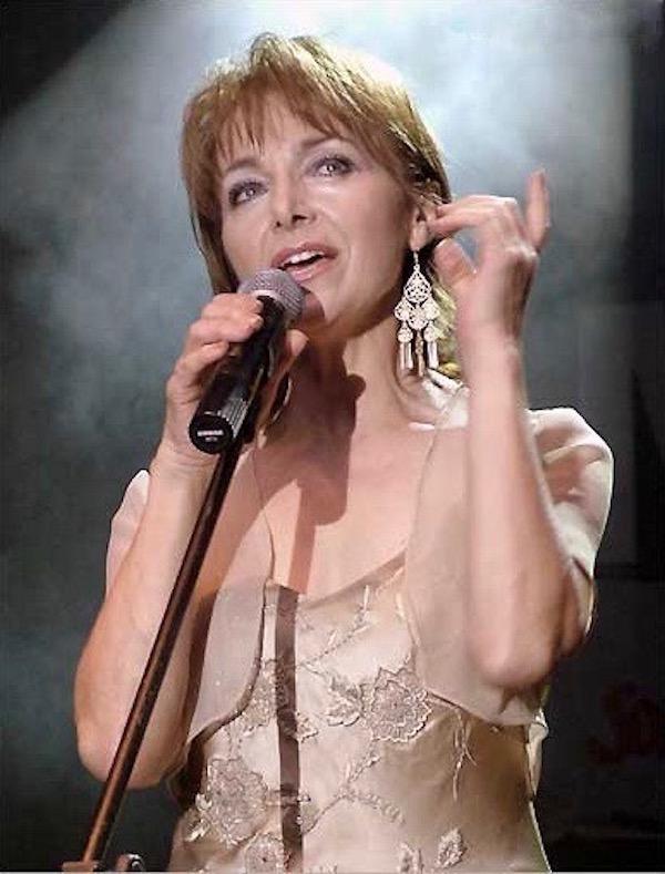 http://irenajarocka.pl/webdocs/image/2019/KG/Irena-zdjecie-koncertowe-KG-11-05-2018-27.jpeg