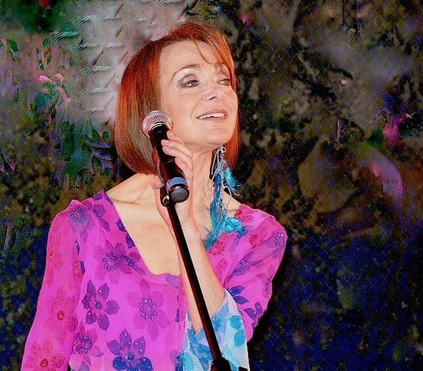 http://irenajarocka.pl/webdocs/image/2019/KG/Irena-zdjecie-koncertowe-KG-11-05-2018-36.jpeg