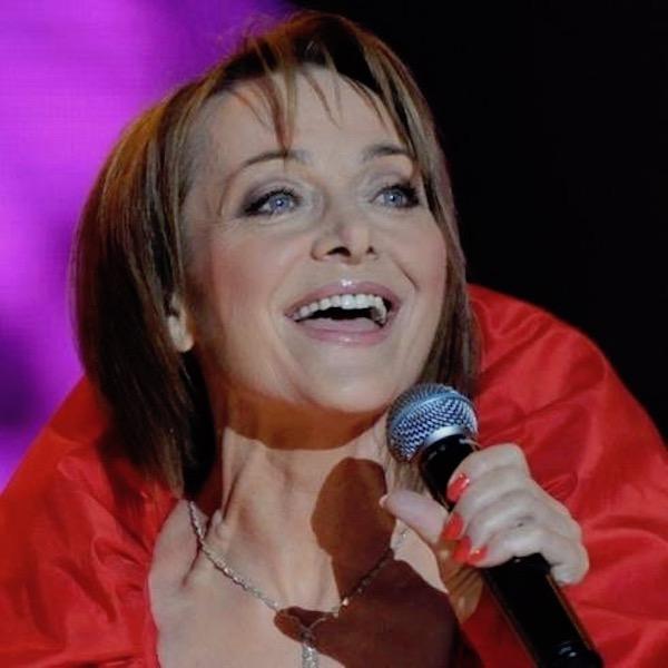 http://irenajarocka.pl/webdocs/image/2019/KG/Irena-zdjecie-koncertowe-KG-11-05-2018-41.jpeg