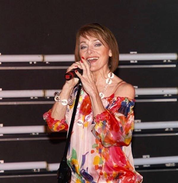 http://irenajarocka.pl/webdocs/image/2019/KG/Irena-zdjecie-koncertowe-KG-11-05-2018-48.jpeg