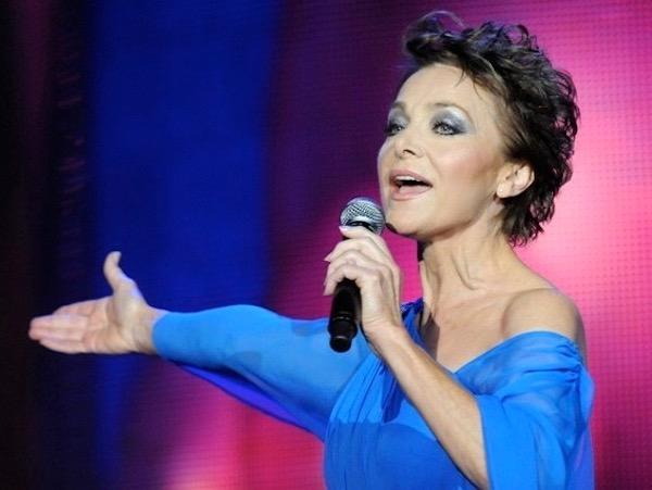 http://irenajarocka.pl/webdocs/image/2019/KG/Irena-zdjecie-koncertowe-KG-11-05-2018-66.jpeg