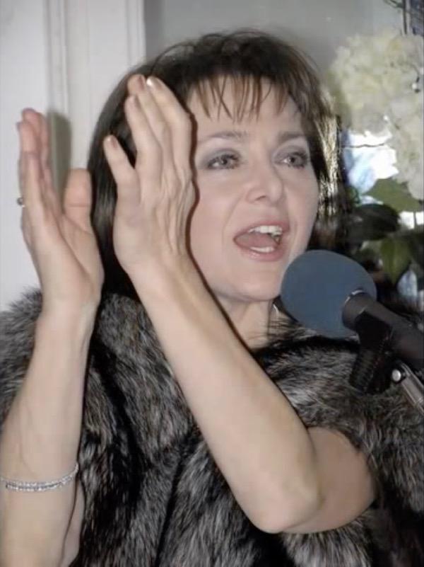 http://irenajarocka.pl/webdocs/image/2019/KG/Irena-zdjecie-koncertowe-KG-11-05-2018-8.jpeg