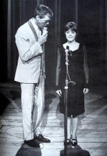 http://irenajarocka.pl/webdocs/image/2019/KG/Mireille-Mathieu-debiut-tv-21-11.1965.jpg