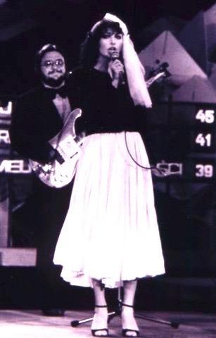 http://irenajarocka.pl/webdocs/image/2019/KG/Opole-1979-zdjecie-koncertowe-na-scenie-1.jpeg