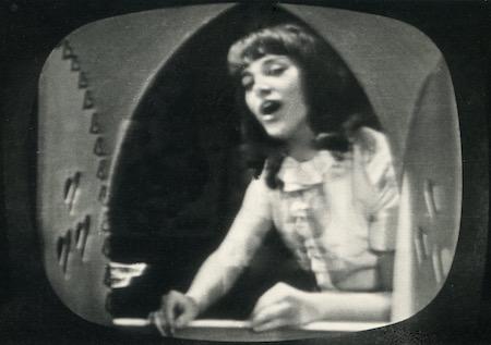http://irenajarocka.pl/webdocs/image/2019/KG/Pierwszy-raz-w-TV-program-Wiosenny-spacer-10-10-1965-9.jpeg